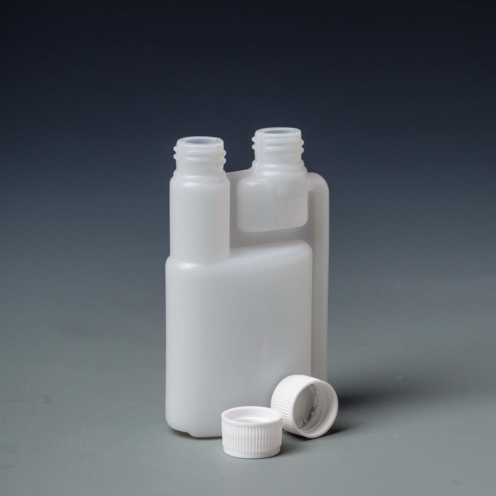 Бутылки с дваями шеями